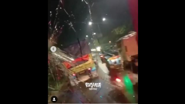 Tanjung Priok Memanas, Sejumlah Preman Pecahkan Kaca Truk Ekspedisi
