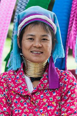 बेहद ही दिलचस्ब देश है म्यांमार - Myanmar an Amazing Country in Hindi
