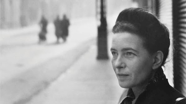 """Simone de Beauvoir: """"Uno no nace, sino que se convierte en mujer"""""""