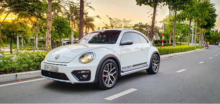 Volksawgen Beetle Dune 2020 'lướt' 2.000 km bán giá cao hơn xe mới