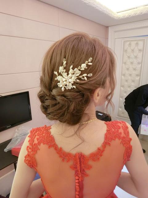 訂婚低盤髮造型 | 紅色禮服造型 | 訂婚造型 | 文定造型 | 編髮