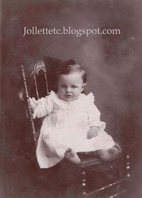 Unidentified baby in Mary Frances Jollett Davis's album https://jollettetc.blogspot.com