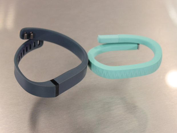 Fitbit Flex vs Jawbone Up Review