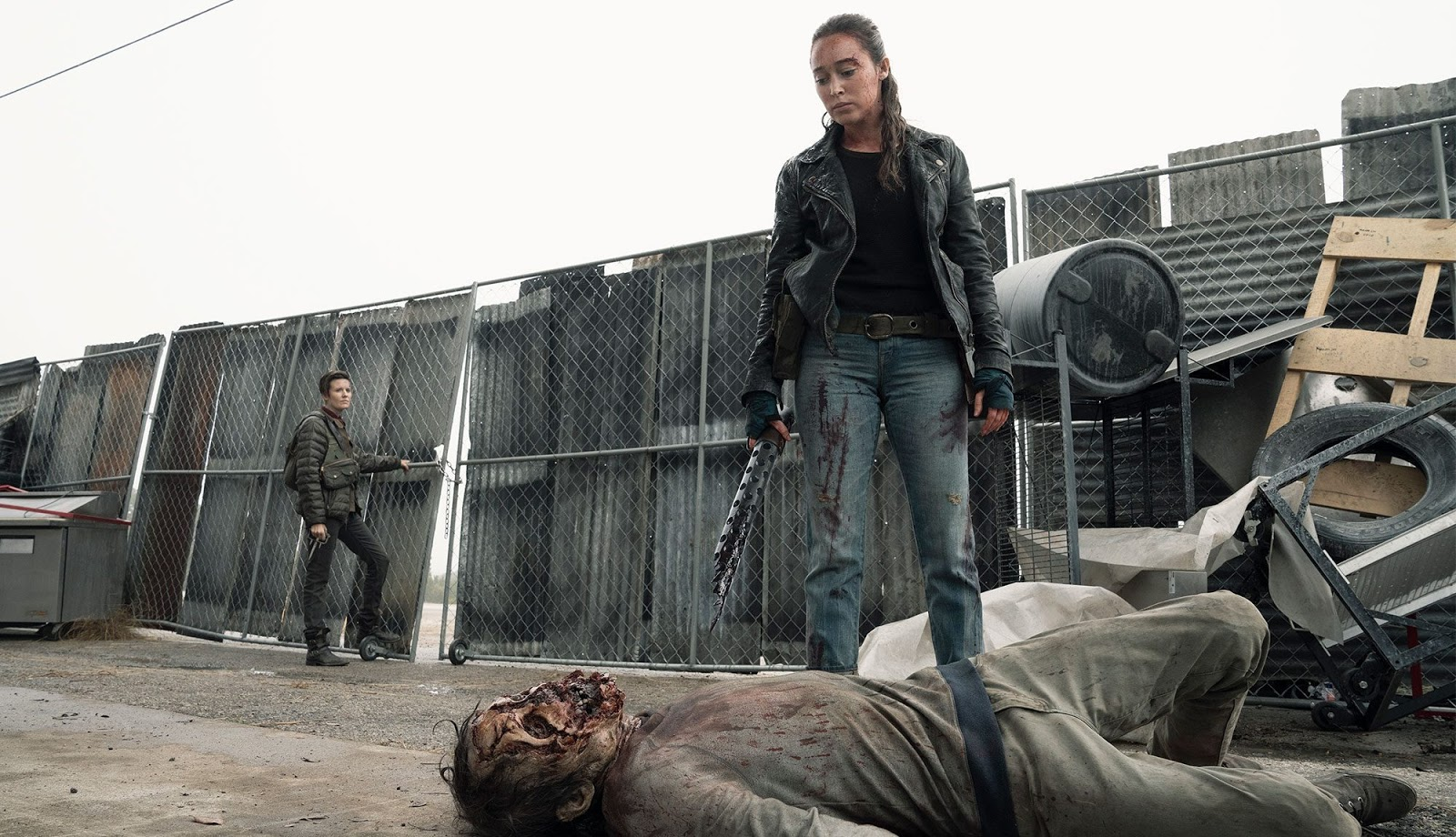 Althea y Alicia, en el episodio 5x01 Here to Help de Fear The Walking Dead