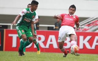 Aksi striker senior Persija bambang pamungkas