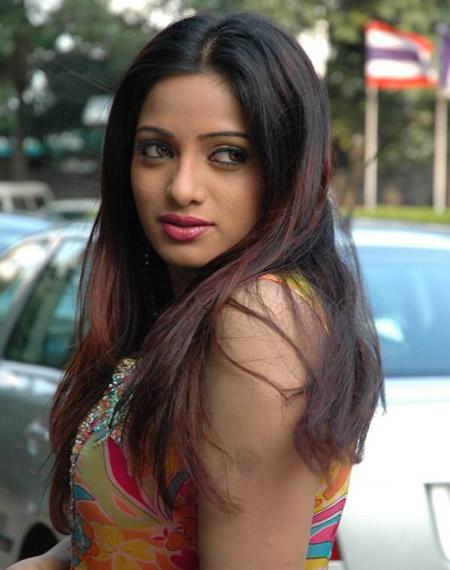 Telugu spicy photos navel show actress