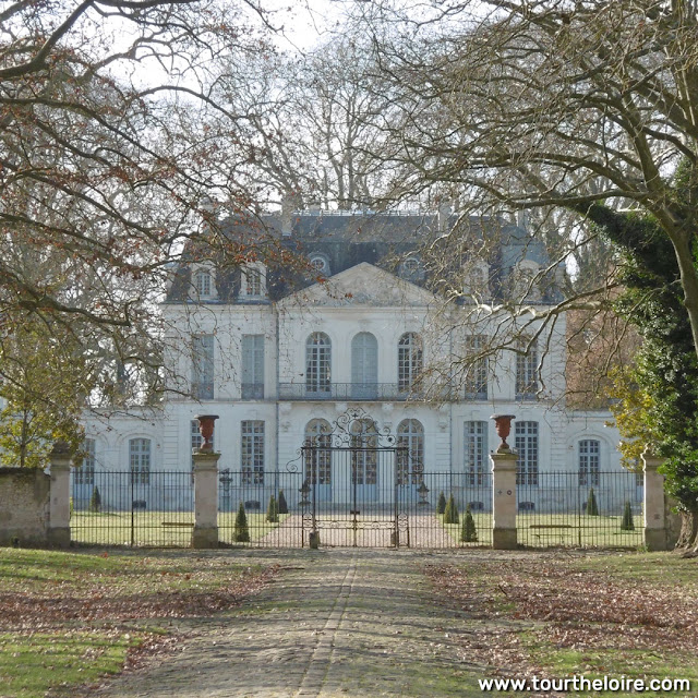 Central wing of Chateau des Ormes, Vienne, France. Photo by Loire Valley Time Travel.