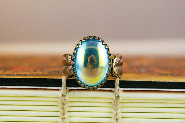 https://www.etsy.com/ca/listing/672293380/aqua-teal-ab-ocean-vintage-glass