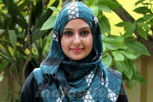 Mengharukan, Aktris Terbaik India Ini Masuk Islam dan Tinggalkan Perfilman