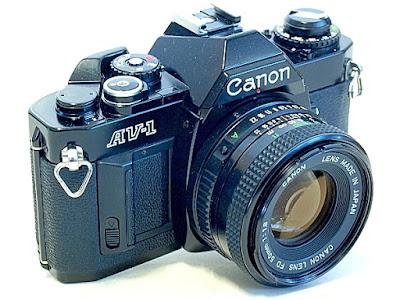 Canon AV-1, View right front