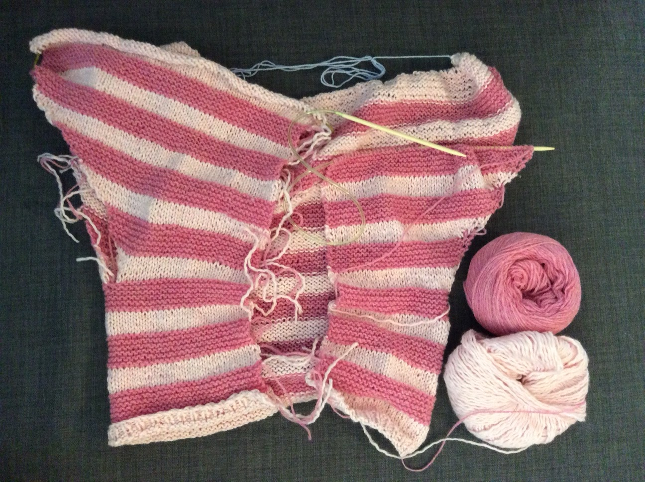 Knitting Picking Up Stitches Under Arm : sentimental-bunny-chan: Vilje Gj?r ting hun ikke kan