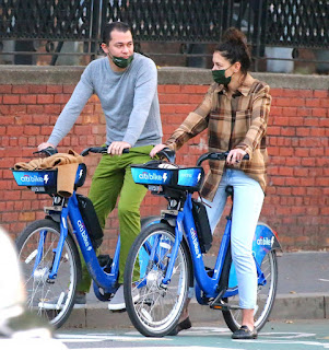 katie holmes riding electric citi bike in the lower manhattan ny 10 20 2020 0