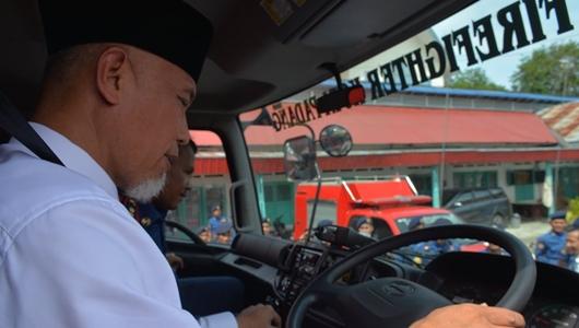 Wako Mahyeldi Pimpin Apel Kesiapsiagaan Damkar Kota Padang