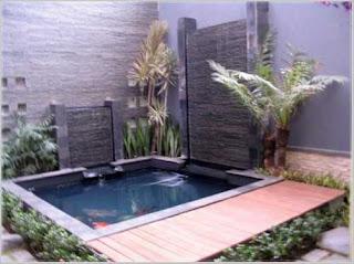 gambar taman rumah minimalis dengan kolam ikan