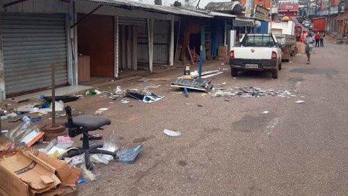 Após ação do MP, camelôs deixam a Barão do Rio Branco