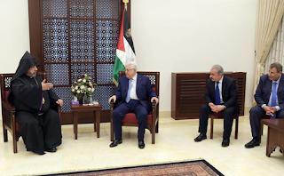 الرئيس عباس يقدم التهاني لبطريرك الأرمن الأرثوذكس بعيد الميلاد المجيد