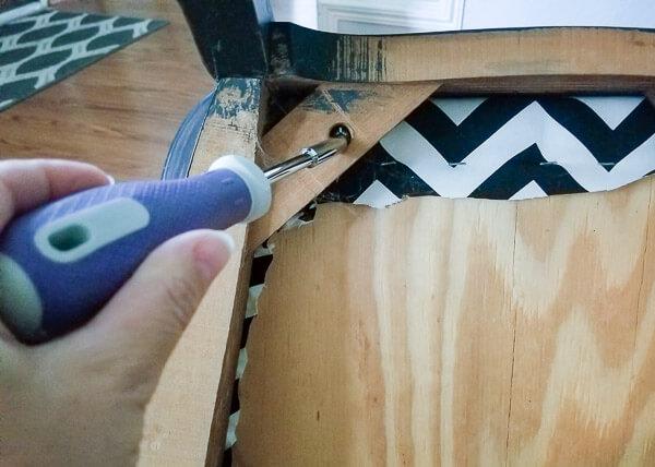 unscrew seat