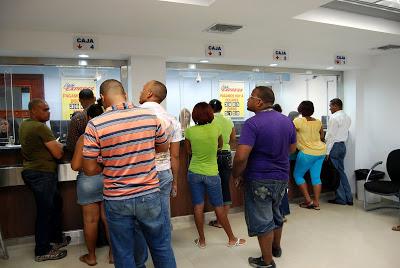 Clientelas de agencia de envios de valores Caribe EXpress en