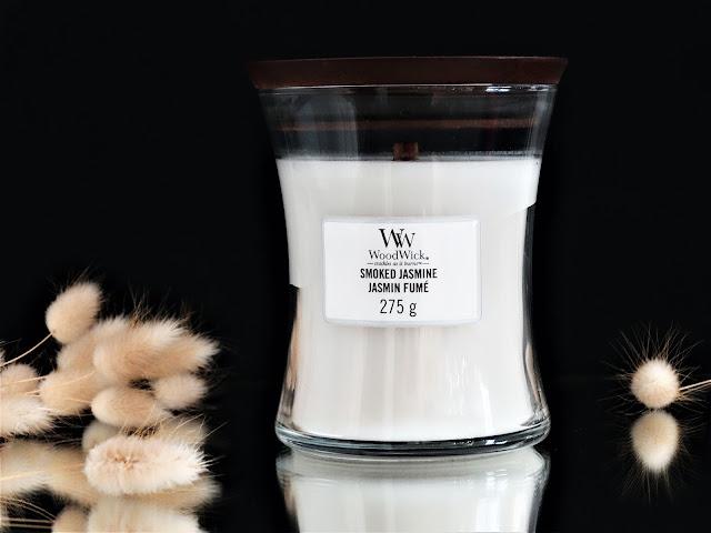 bougie woodwick smoked jasmine avis, avis bougie woodwick, bougie parfumée avec meche en bois, bougie au jasmin, avis bougie