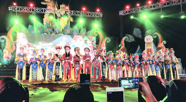 Tari Topeng Bekasi Pukau Pengunjung Nusa Dua Fiesta Bali