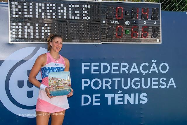 Brasileira comemora título em Montemor-O-Novo e já conhece chave em Figueira da Foz, em seu retorno às quadras após suspensão