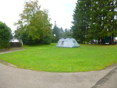 Zeltwiese auf dem Alb-Camping Westerheim