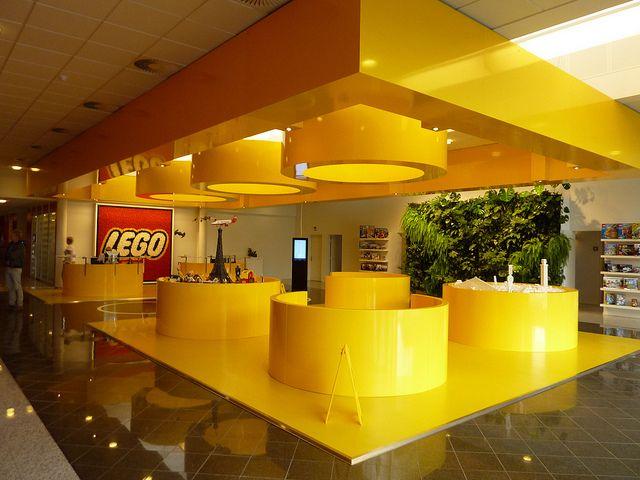 Lego está lanzando ladrillos Braille en 20 países