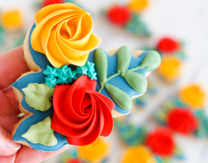Autumn-Inspired Floral Cookies | bakeat350.net