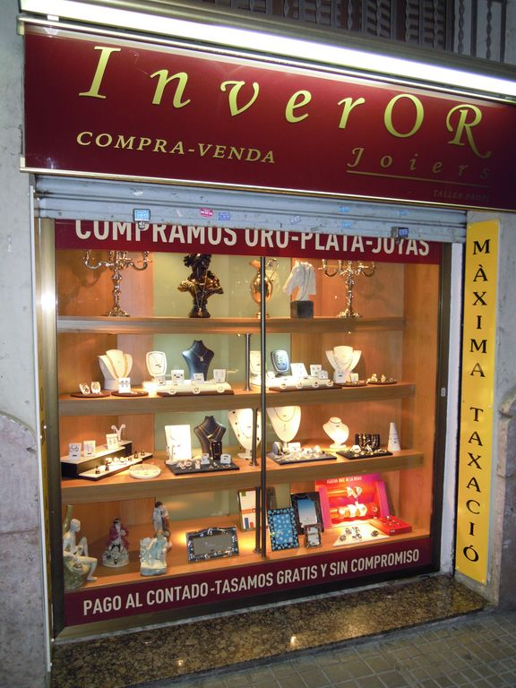ea440815b385 Además encontrará en nuestra tienda joyas de oro con brillantes a muy buen  precio.