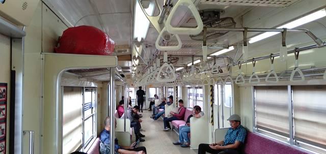 Hati-Hati ! Pencurian Tas Di Rak Bagasi Commuter Line Kembali Terjadi ! Ini Tips Mencegahnya