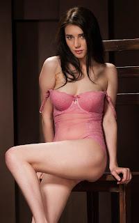 Naked brunnette - Alice%2BNoir-S01-014.jpg
