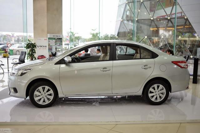 """2451719  DSC0106 -  - Toyota Vios 2014 và Kia Rio 2015 sedan : Nên """"Chọn mặt gửi vàng"""" xe nào ?"""
