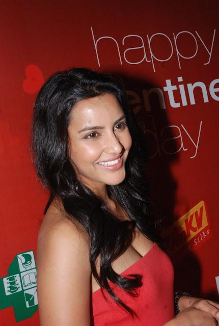 Actress Priya Anand Latest Hot Stills Actress Trend