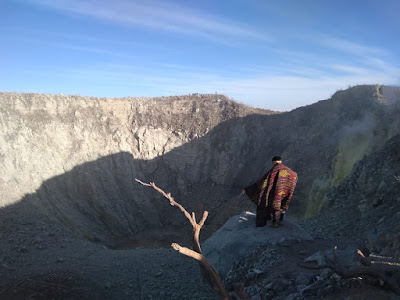 Puncak Gunung Sindoro 3.136 Mdpl