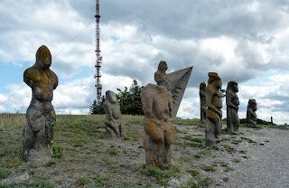 Изюм. Гора Кременец (Кремянец). Половецкие бабы