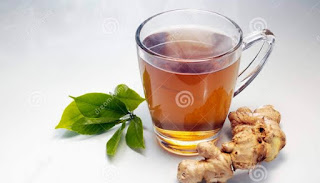 গ্রীষ্মে ওজন হ্রাসের 5 টি সেরা পানীয়ের একটি-আদা চা (Ginger tea)