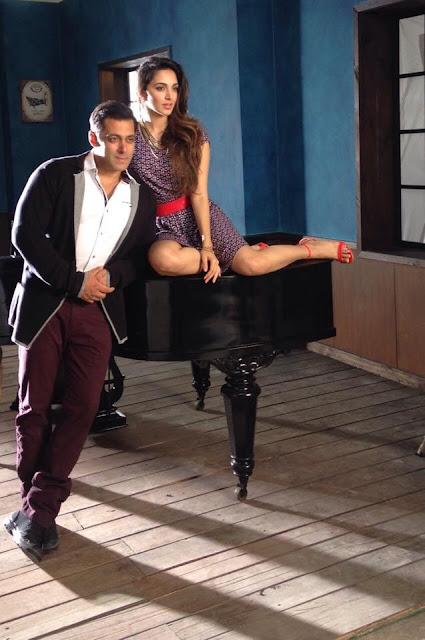 Kiara Advani Bollywood Actress Biography, Hot HD Photos With Actor Salman Khan