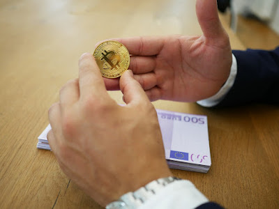البنك المركزي بفرنسا يخطط لاختبار عملة رقمية رسمية في عام 2020