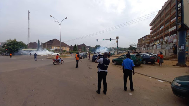 Police fires teargas June 12 protesters in Abuja (photos)