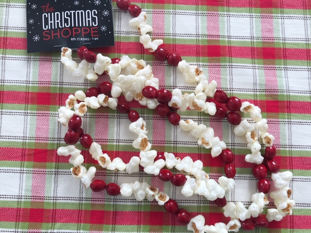 popcorn cranberry garland Christmas Shoppe plaid cloth