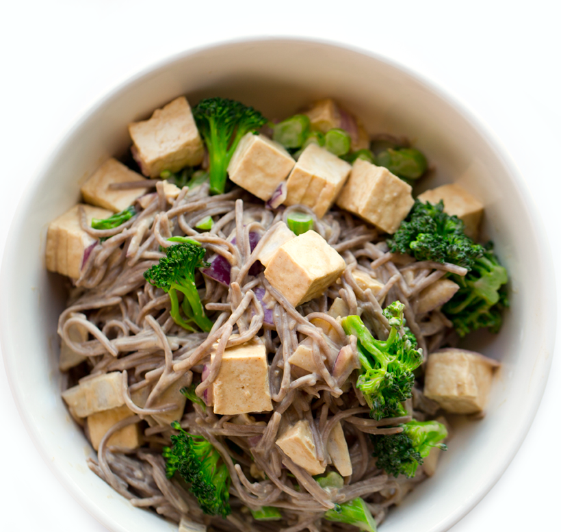 Easy 3-Step Peanut Soba Noodle Bowl with Tofu & Broccoli
