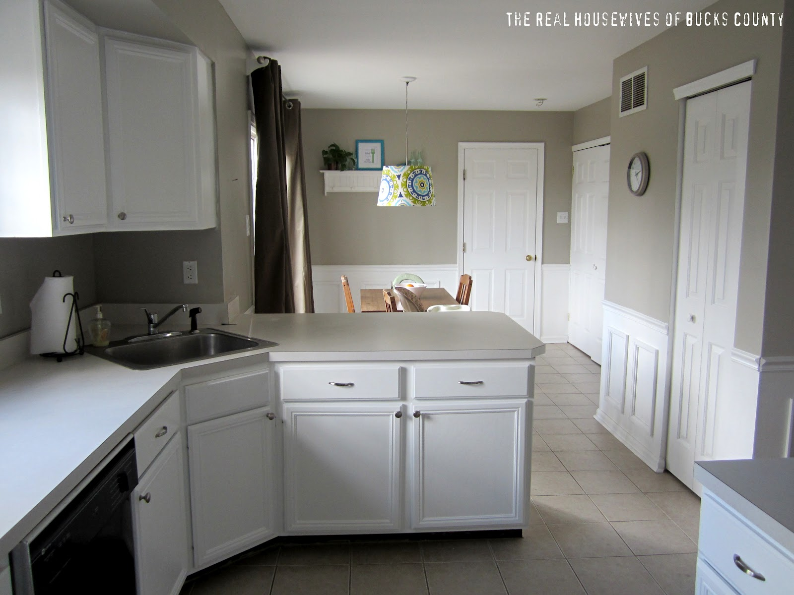 How to Paint Cabinets White