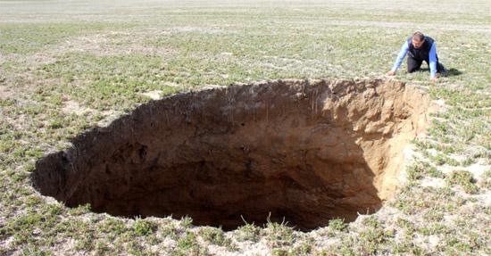 Cratera Gigantes na Turquia engolem fazendas e preocupa cientistas - Img 2
