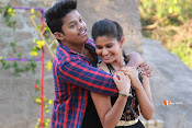 Vasthunadu Movie Stills-thumbnail-2