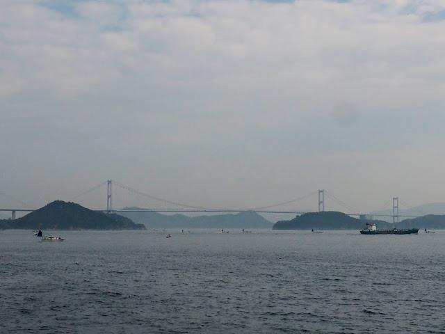 今治~岡村島 フェリー 来島海峡大橋