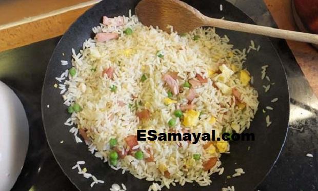 முட்டை ப்ரைடு ரைஸ் செய்வது | Egg Fried Rice Recipe !