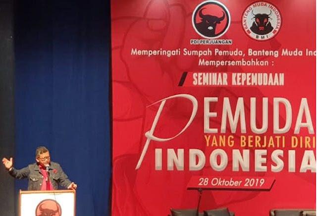 Jokowi Minta Maaf Soal Kabinet, Hasto: Pemimpin Bukan Penjual Es Krim
