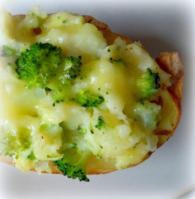 Cheese and Broccoli Stuffed Jacket Potatoes