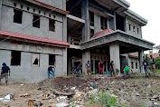 Asrama belum tuntas bangun: Mahasiswa/i Deiyai Kota Studi Jayapura Bersihkan Bekas Asrama Deiyai di Jayapura 2021