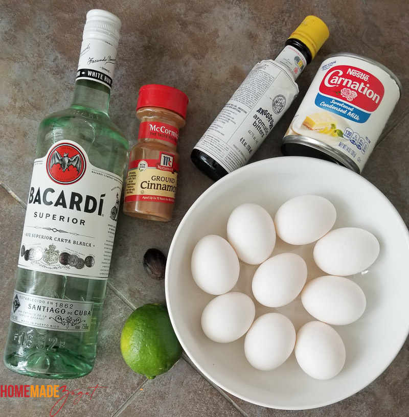 A flat lay pic of the ingredients used for ponche de creme
